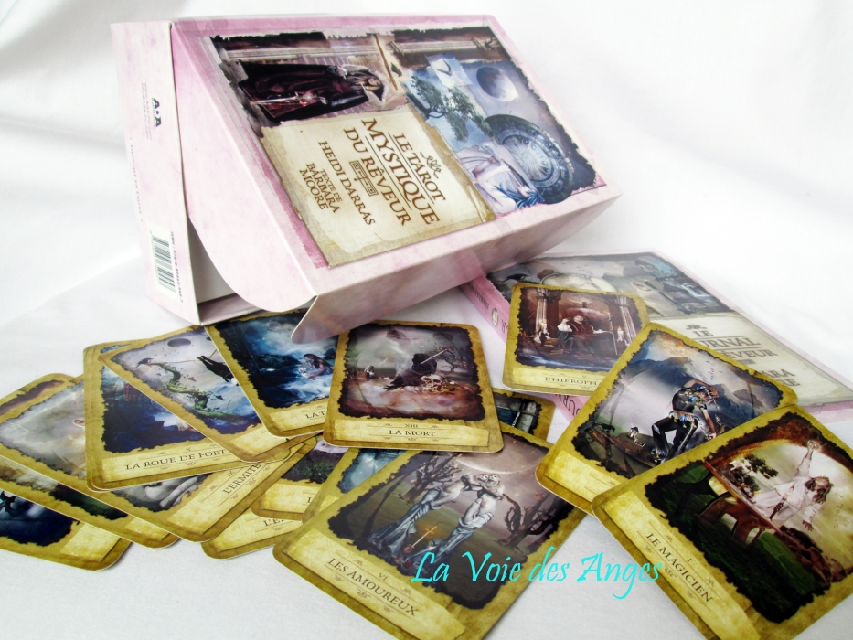 t tarot mystique du r veur coffret livret jeu de 78 cartes tarots et oracles catalogue2. Black Bedroom Furniture Sets. Home Design Ideas