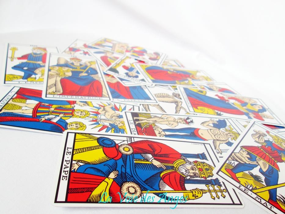 9d87982066e916 T.Tarot de Marseille - Tarots et Oracles - Catalogue2 - La voie des ...